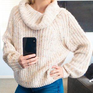 Moon & Madison NWT Chunky Knit Cowl Neck Sweater
